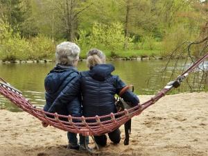 Omeopatia, un valido aiuto per le donne in menopausa