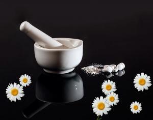 Otite acuta mortale: come usare un grave caso di malpractice per attaccare la medicina omeopatica