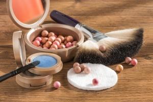 Quanto influisce l'utilizzo di cosmetici durante la terapia omeopatica?